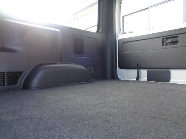 スーパーGL ダークプライムII SDナビ フルセグTV Bluetooth レーダー連動ドライブレコーダー 衝突被害軽減ブレーキ バックカメラ 助手席エアバック AC100V 小窓付き両側スライドドア 純正LEDヘッドライト ターボ(16枚目)