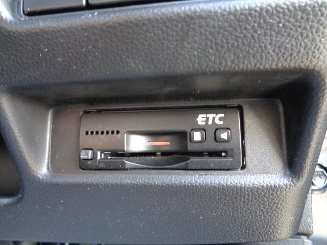 ハイブリッドFZ マイルドハイブリッド スマートキー プッシュスタート ビルトインETC ケンウッドナビ TV 運転席シートヒーター アイドリングストップ LEDヘッドライト オートライト 純正バイザー・フロアマット(30枚目)