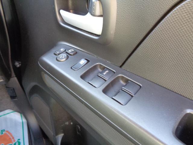 ハイブリッドFZ マイルドハイブリッド スマートキー プッシュスタート ビルトインETC ケンウッドナビ TV 運転席シートヒーター アイドリングストップ LEDヘッドライト オートライト 純正バイザー・フロアマット(31枚目)
