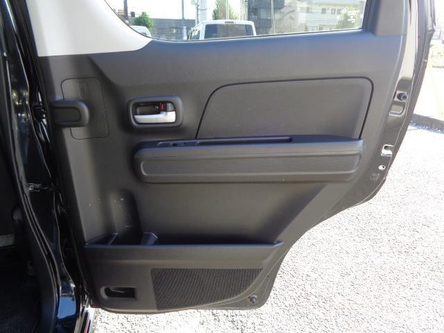 ハイブリッドFZ マイルドハイブリッド スマートキー プッシュスタート ビルトインETC ケンウッドナビ TV 運転席シートヒーター アイドリングストップ LEDヘッドライト オートライト 純正バイザー・フロアマット(39枚目)