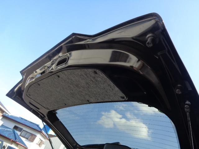ハイブリッドFZ マイルドハイブリッド スマートキー プッシュスタート ビルトインETC ケンウッドナビ TV 運転席シートヒーター アイドリングストップ LEDヘッドライト オートライト 純正バイザー・フロアマット(45枚目)