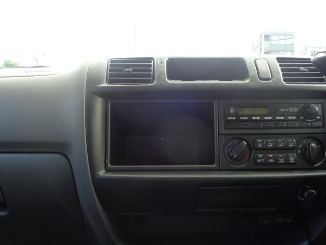 DX 純正ラジオ ETC 純正キーレス Wエアバック 両側スライドドア 同色バンパー 後期モデル 5速AT ハイルーフ シングルタイヤ 前席パワーウィンドウ 純正サイドバイザー(16枚目)