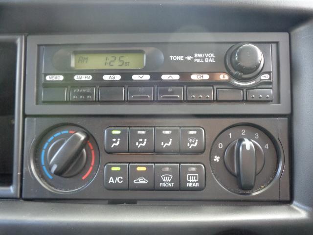 DX 純正ラジオ ETC 純正キーレス Wエアバック 両側スライドドア 同色バンパー 後期モデル 5速AT ハイルーフ シングルタイヤ 前席パワーウィンドウ 純正サイドバイザー(17枚目)