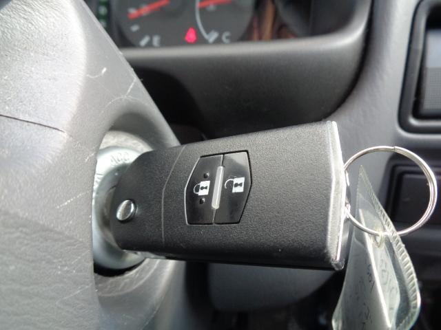 DX 純正ラジオ ETC 純正キーレス Wエアバック 両側スライドドア 同色バンパー 後期モデル 5速AT ハイルーフ シングルタイヤ 前席パワーウィンドウ 純正サイドバイザー(23枚目)