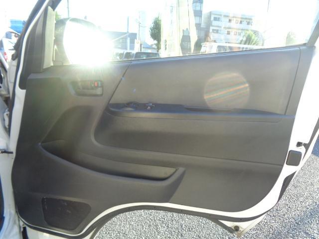 DX GLパッケージ 純正SDナビ 地デジTV Bluetooth ビルトインETC 衝突軽減ブレーキ 車線逸脱警報装置 純正LEDヘッドランプ オートハイビーム 電動格納ミラー 100V 荷室板張り(41枚目)