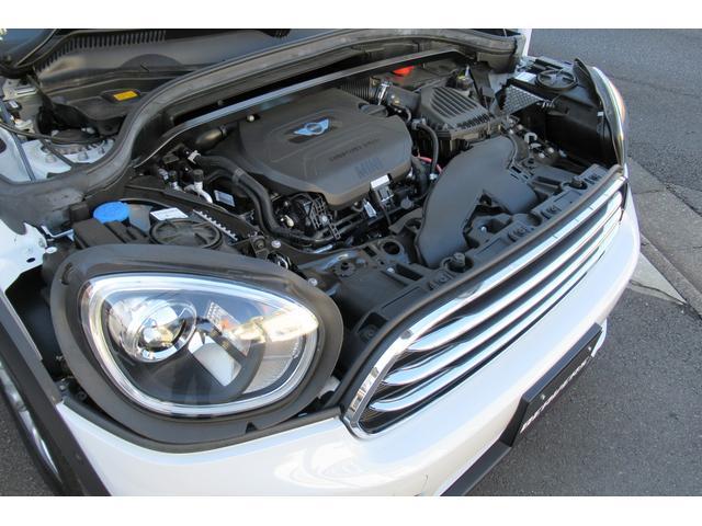 クーパーD クロスオーバー オール4 新車保証付き LEDヘッドライト ペッパーPKG ACC パワーテールゲート 純ナビBカメラ シートヒーター MINIドライブモード ブラックルーフ 4駆ディーゼル 後席USB ルーフレール(17枚目)