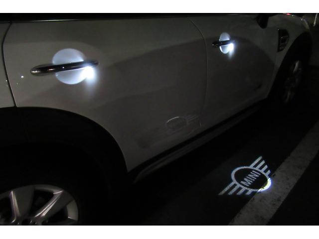 クーパーD クロスオーバー オール4 新車保証付き LEDヘッドライト ペッパーPKG ACC パワーテールゲート 純ナビBカメラ シートヒーター MINIドライブモード ブラックルーフ 4駆ディーゼル 後席USB ルーフレール(25枚目)