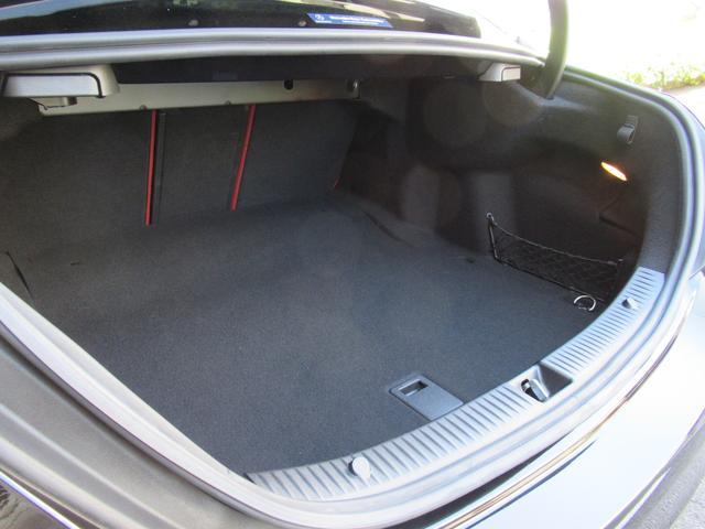 C200アバンギャルド AMGライン パワートランク HUD 赤革シートヒーター 両席パワーシート ディストロニック+ エアサス キーレスゴー 純ナビTVバックカメラ  レーダーセーフ(6枚目)