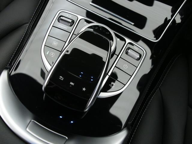 メルセデス・ベンツ M・ベンツ GLC220d 4MATIC スポーツ 新車保証