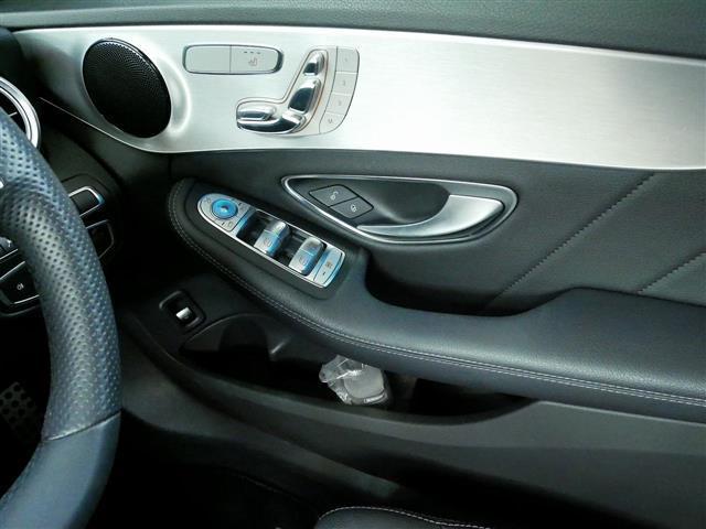C180 ローレウスエディション レーダーセーフティパッケージ 2年保証 新車保証(14枚目)