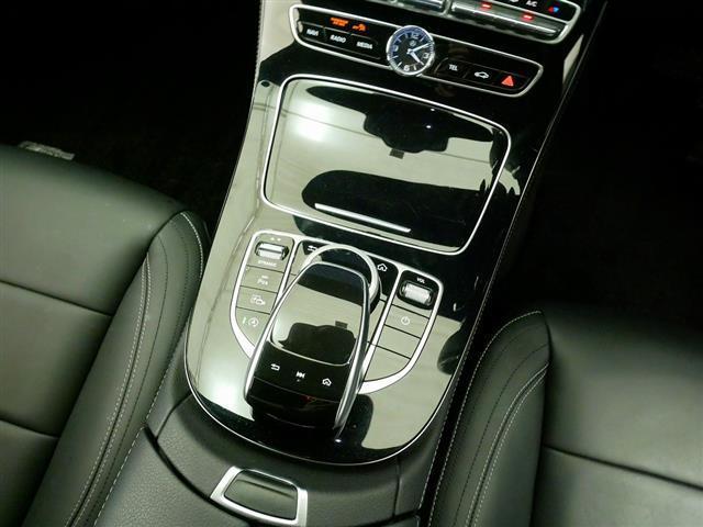 E200 アバンギャルド スポーツ レザーパッケージ 1年保証 Bluetooth接続 ETC LEDヘッドライト TV アイドリングストップ クルーズコントロール サイドカメラ シートヒーター トランクスルー ナビ バックモニター(15枚目)