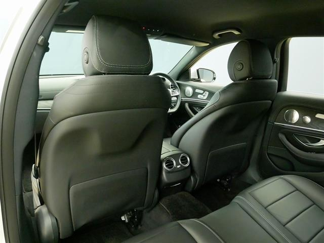 E200 アバンギャルド スポーツ レザーパッケージ 1年保証 Bluetooth接続 ETC LEDヘッドライト TV アイドリングストップ クルーズコントロール サイドカメラ シートヒーター トランクスルー ナビ バックモニター(22枚目)