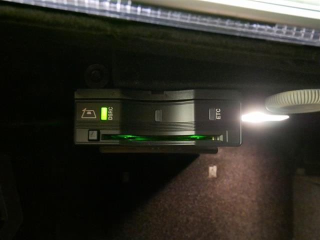 E200 アバンギャルド スポーツ レザーパッケージ 1年保証 Bluetooth接続 ETC LEDヘッドライト TV アイドリングストップ クルーズコントロール サイドカメラ シートヒーター トランクスルー ナビ バックモニター(24枚目)