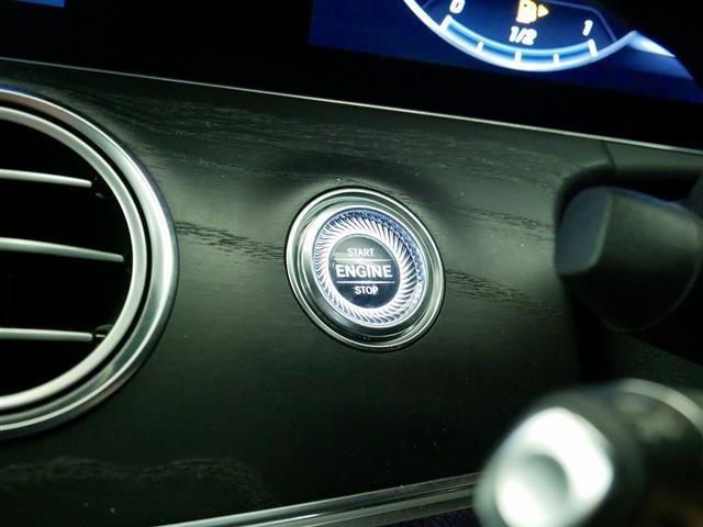 E200 アバンギャルド スポーツ レザーパッケージ 1年保証 Bluetooth接続 ETC LEDヘッドライト TV アイドリングストップ クルーズコントロール サイドカメラ シートヒーター トランクスルー ナビ バックモニター(25枚目)