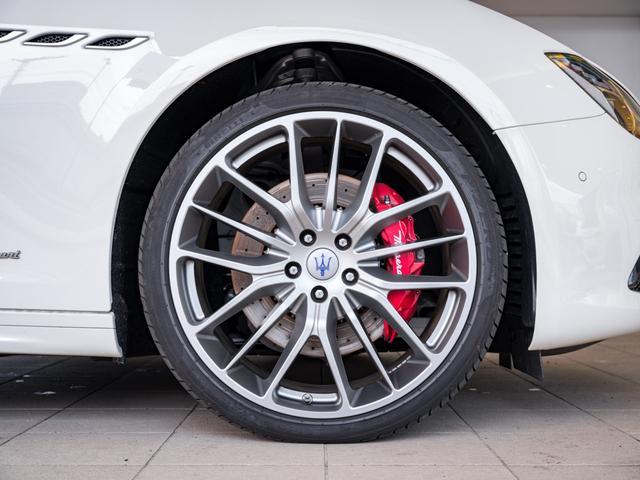 S グランスポーツ 新車保証継承 21インチホイール(9枚目)