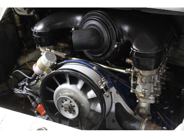 クーペ 73年モデルRSスポーツ仕様 オリジナルダックテール(17枚目)