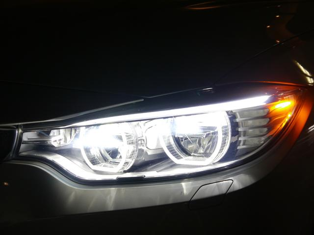鋭い眼光が夜間でも存在感を放つアダプティブLEDヘッドライトを採用!コーナーの先の視界が広がることで暗い道でも、路面の状況を素早く認識して優れたコーナリングを実現します!!