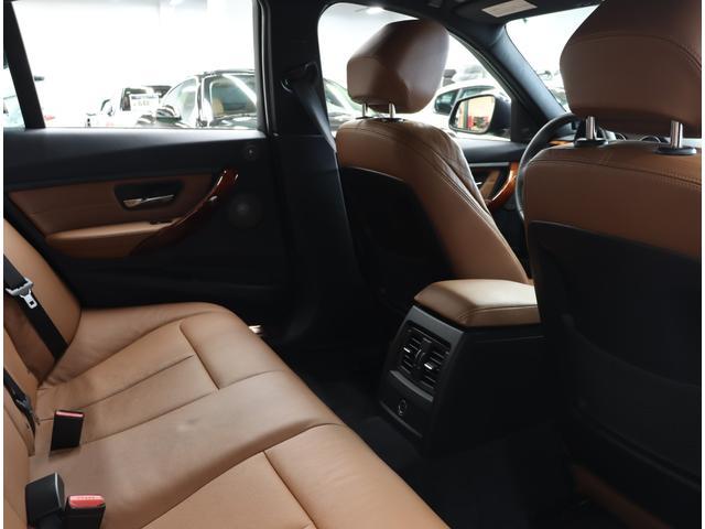「BMWアルピナ」「B3」「セダン」「東京都」の中古車22