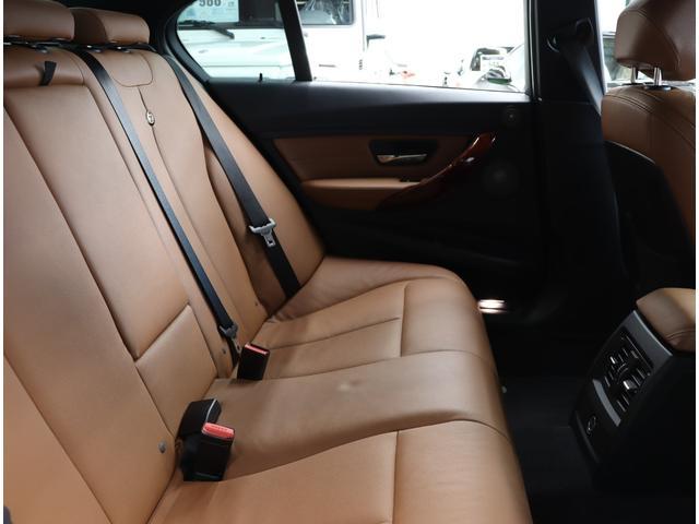 「BMWアルピナ」「B3」「セダン」「東京都」の中古車23
