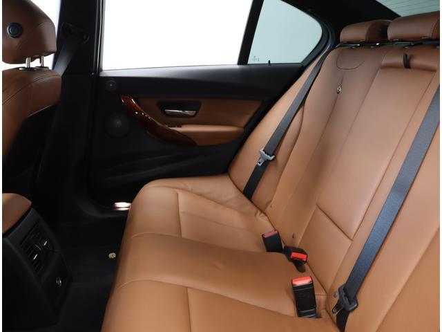 「BMWアルピナ」「B3」「セダン」「東京都」の中古車24