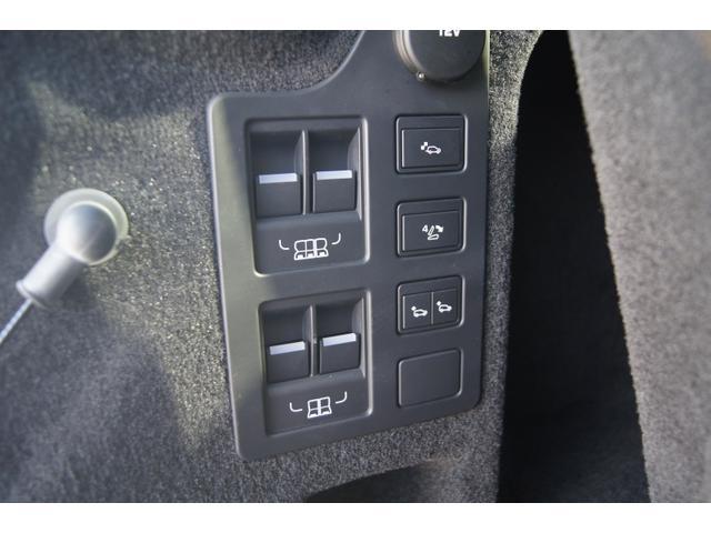 「ランドローバー」「ディスカバリー」「SUV・クロカン」「千葉県」の中古車18