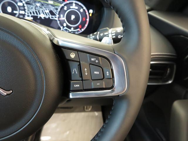 ドライブパック(113,000円)「アダプティブクルーズコントロール・ブラインドスポットアシスト・ ハイスピードエマージェンシーブレーキ。」