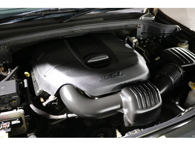 心臓部はカタログ値286馬力を誇る3,600cc  V型6気筒DOHC24バルブエンジンを搭載!アメ車らしいパワフルで余裕のある走りが魅力です!