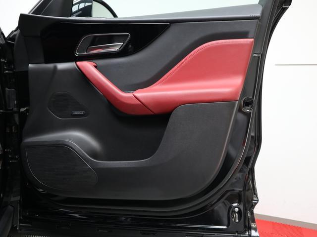 「ジャガー」「ジャガー Fペース」「SUV・クロカン」「東京都」の中古車74