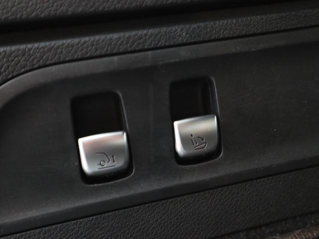 「その他」「メルセデスAMG」「SUV・クロカン」「東京都」の中古車28