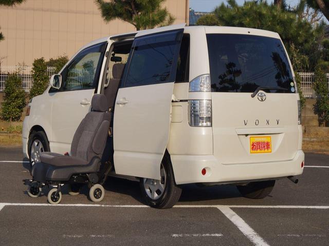 X 福祉車両 ウェルキャブ車 いす脱着式 禁煙車(11枚目)