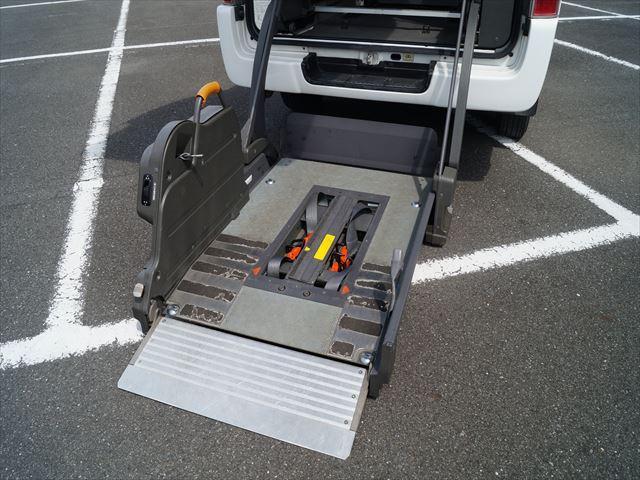 福祉車両電動チェアキャブ車椅子移動車2台積(20枚目)