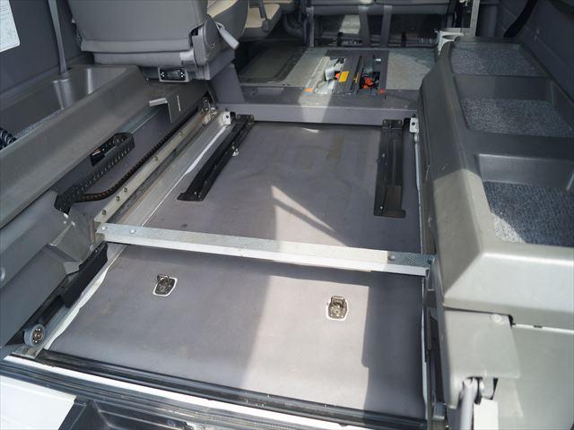 福祉車両電動チェアキャブ車椅子移動車2台積(21枚目)