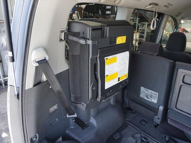 X Lエディション 車椅子仕様車 スローパー サードシート付(52枚目)