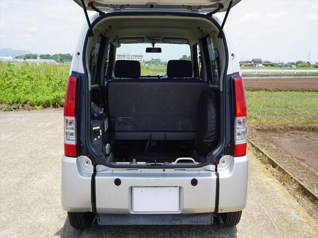 車いす移動車スローパー4人乗り電動固定式 修復歴なし(2枚目)