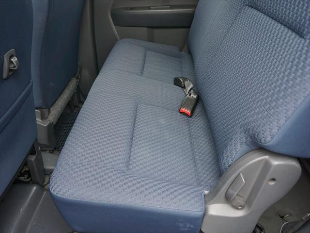 福祉車両 車いす移動車 4人乗り電動固定式(11枚目)