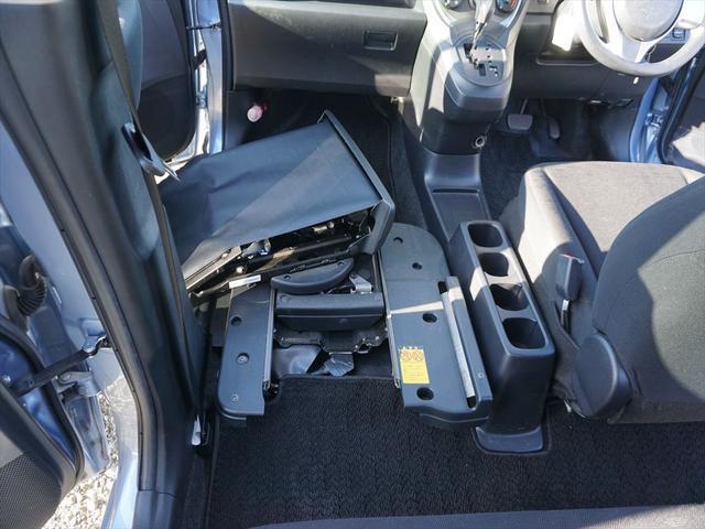 Xウェルキャブ助手席電動リフトAタイプ福祉車両(60枚目)