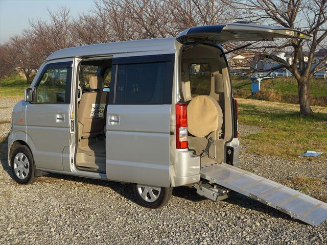 車いす移動車4WDシートヒーター リヤヒーター4人乗モコン付(9枚目)