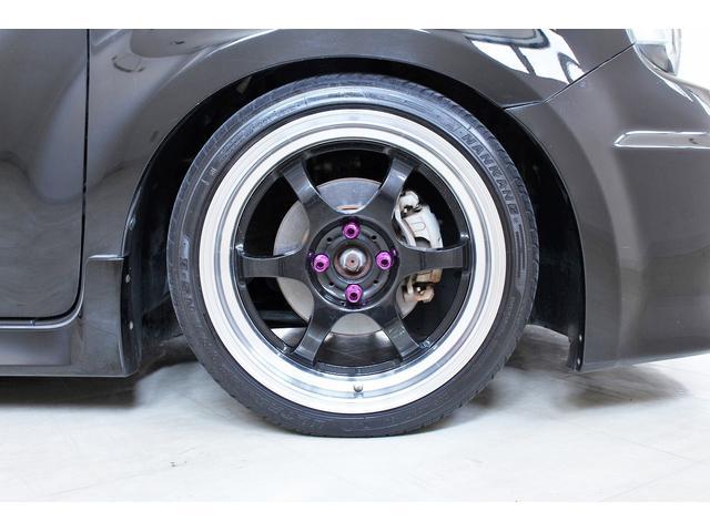 タイヤの溝もしっかり残っております!