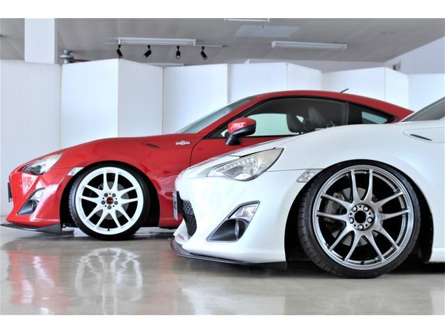 エアサス・車高調どちらもメリッドデメリットがございます!スタッフがお客様に合ったお車を一緒にお探しします!