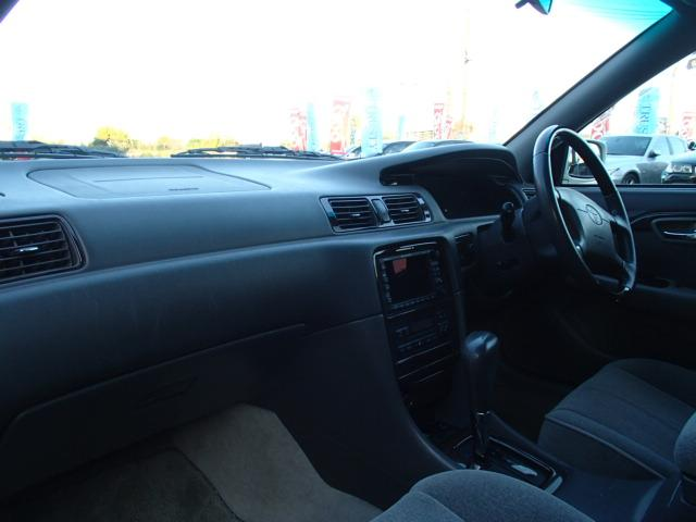 トヨタ マークIIクオリス 2.5 Gパッケージ 純正15AW オートエアコン 下取車