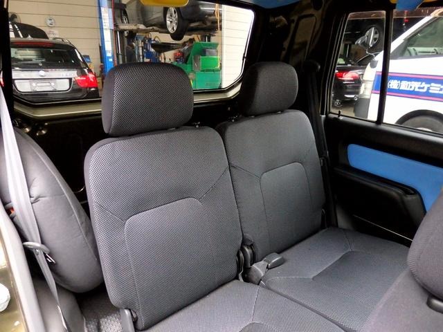 ダイハツ ネイキッド ターボX 1年保証有 当社下取車 内装カラフル