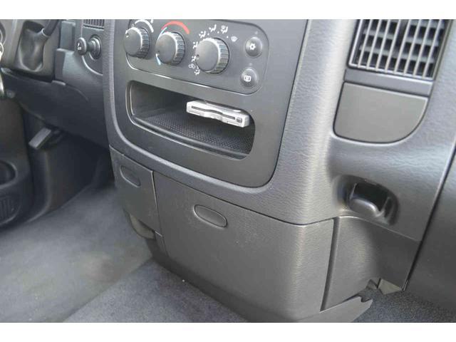 「ダッジ」「ラムバン」「SUV・クロカン」「神奈川県」の中古車46