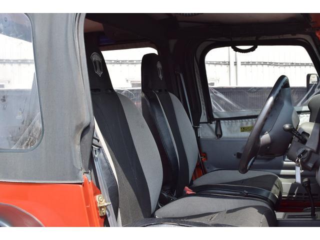 クライスラー・ジープ クライスラージープ ラングラー スポーツ・リフトアップ・社外ヘッドライト・カスタム