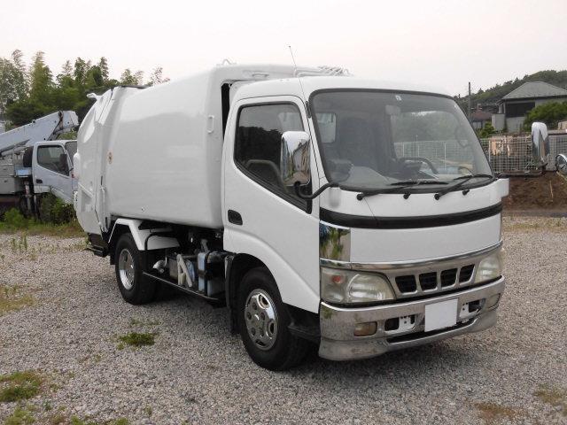 2t積 極東製プレスパッカー車4.6立米 4.0DT型式PD(3枚目)