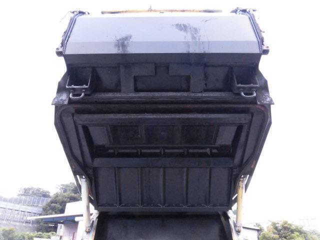 2t積 極東製プレスパッカー車4.6立米 4.0DT型式PD(18枚目)
