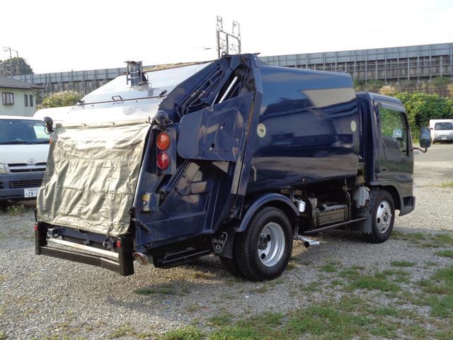 2t積 極東製プレスパッカー車4.2立米 4.0Lディーゼル フロア5速MT 連続スイッチ付 型式KK NOxPM適合(4枚目)