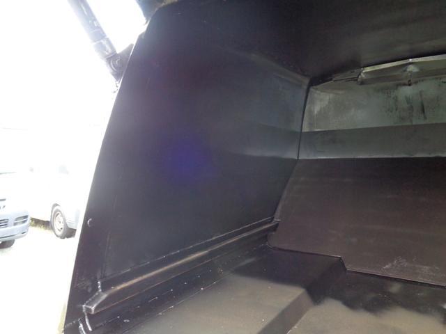 2t積 極東製プレスパッカー車4.2立米 4.0Lディーゼル フロア5速MT 連続スイッチ付 型式KK NOxPM適合(17枚目)