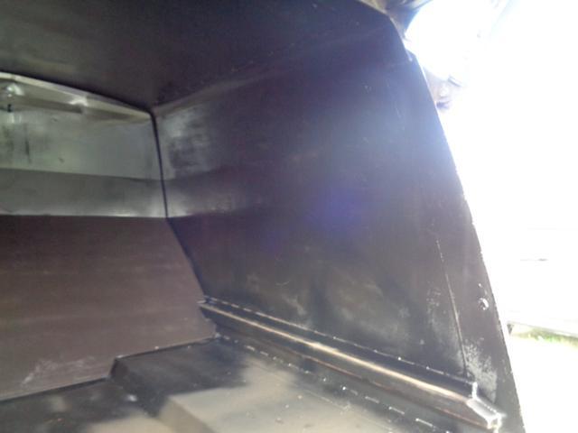 2t積 極東製プレスパッカー車4.2立米 4.0Lディーゼル フロア5速MT 連続スイッチ付 型式KK NOxPM適合(18枚目)