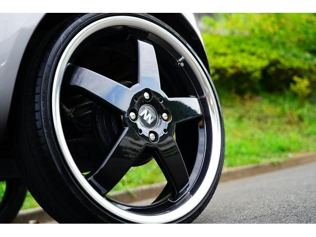 ガソリンB カラーパッケージ ユーザー買取車 18AW 車高調 BRIDEセミバケットシート MOMOステアリング 社外タコメーター 社外ナビ(25枚目)