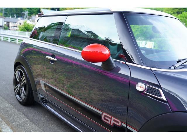 ジョンクーパーワークスGP 世界限定2000台 日本200台限定車 クラッチ交換済み 専用RECAROシート シートヒーター(28枚目)